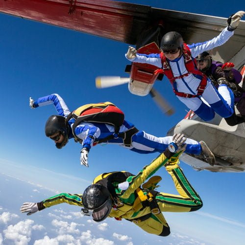 Skydiving and Investing – So Much Alike